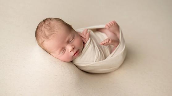 Babyfotograf Koblenz, neugeborenen shooting Koblenz, Neugeborenen fotografie Koblenz, Fotografin Koblenz