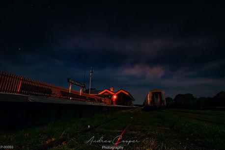 P00093 - Qtrain @ night