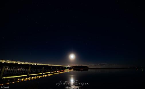 P00032 - Moon Bridge
