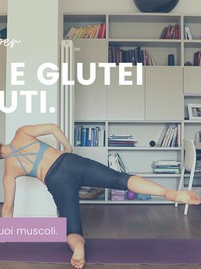 Allenamento di Pilates a casa per gambe e glutei, 20 minuti.