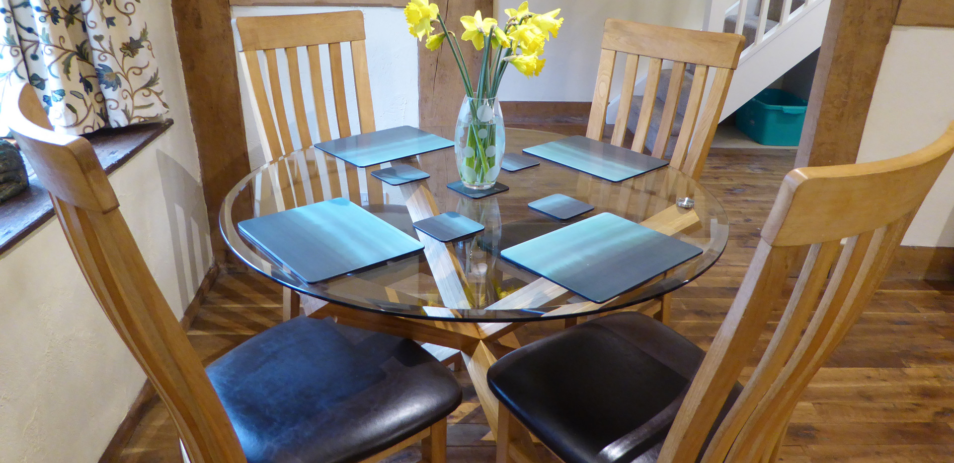 Dining Table - Farmhouse Cottage