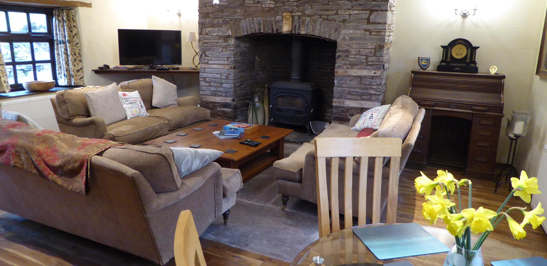 Lounge - Farmhouse Cottage