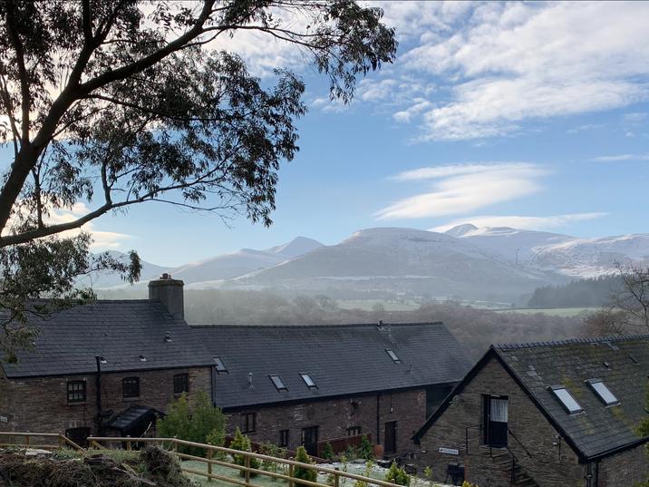 Sun & Snow on the Brecon Beacons