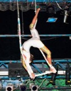 Single Trapeze