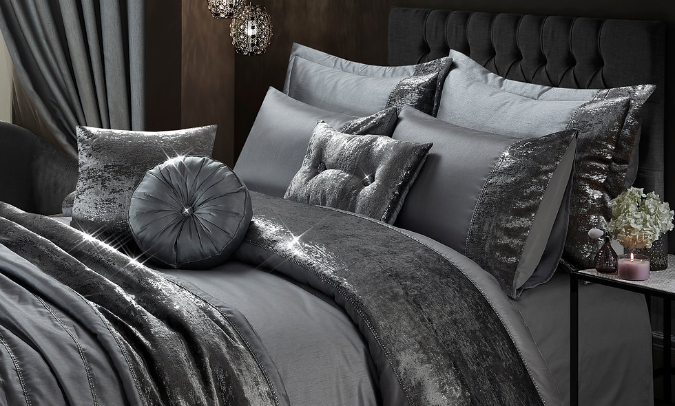 UAREHOME Sparkle Velvet 7 pc Duvet Cover Set, Double, King, Black, Mink, Silver