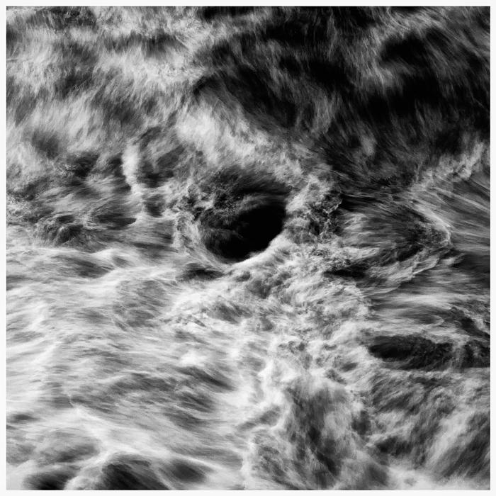#7_水_THE_WATER_[ULTRA_CHROME_PRINT]_120cm_x_120cm_2008