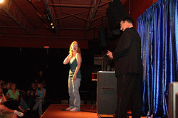Omaha Magician Amazing Lindy