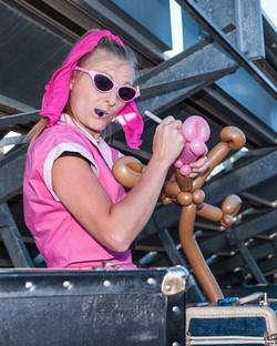 Omaha Balloon Artist Poppin'  Penel