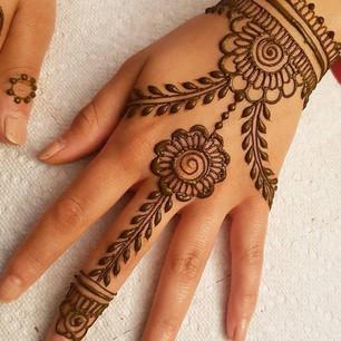 Omaha Henna Tattoo Artist (14).jpg