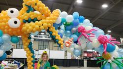huge balloon arch