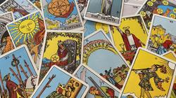 Omaha Tarot Card Reader