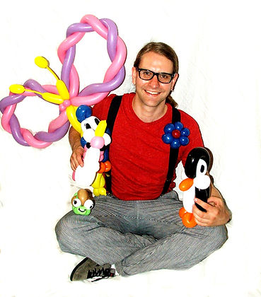 Peter Brunette with ballon creations