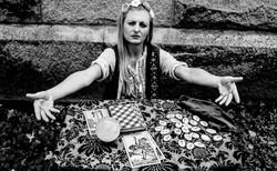 Omaha Fortune Teller Lady Scarlett (2)