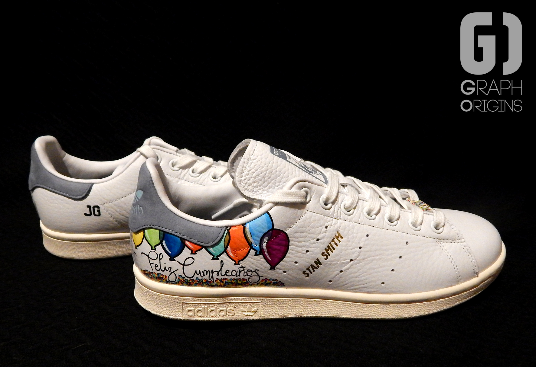 Custom baskets adidas Stan Smith Feliz Cumple graph origins 2