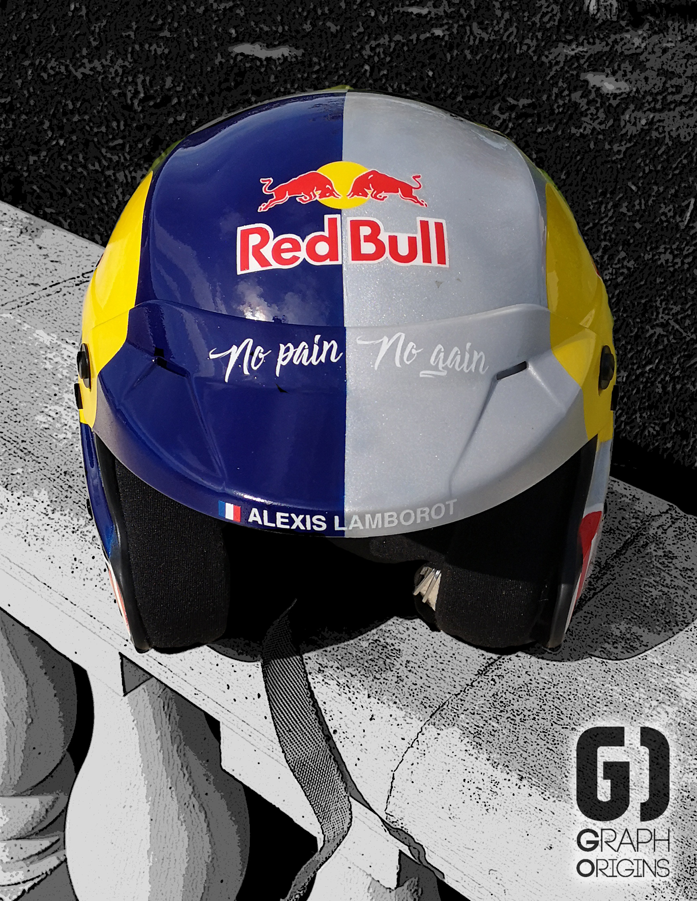 Casque Red Bull custom graph origins 3
