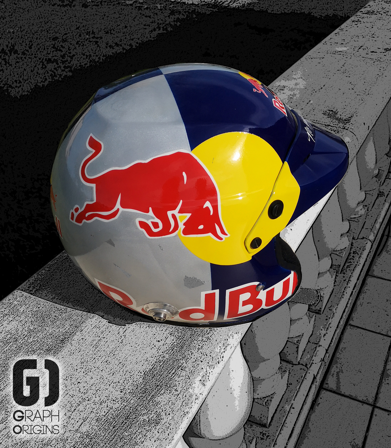 Casque Red Bull custom graph origins