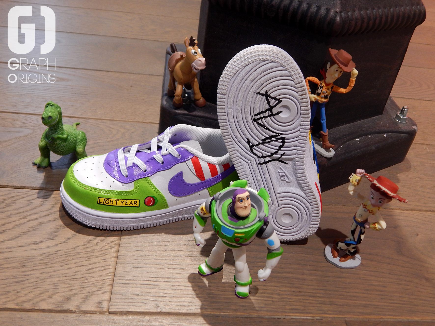 Custom Toy Story sur Nike Air Force 1 Graph Origins 4