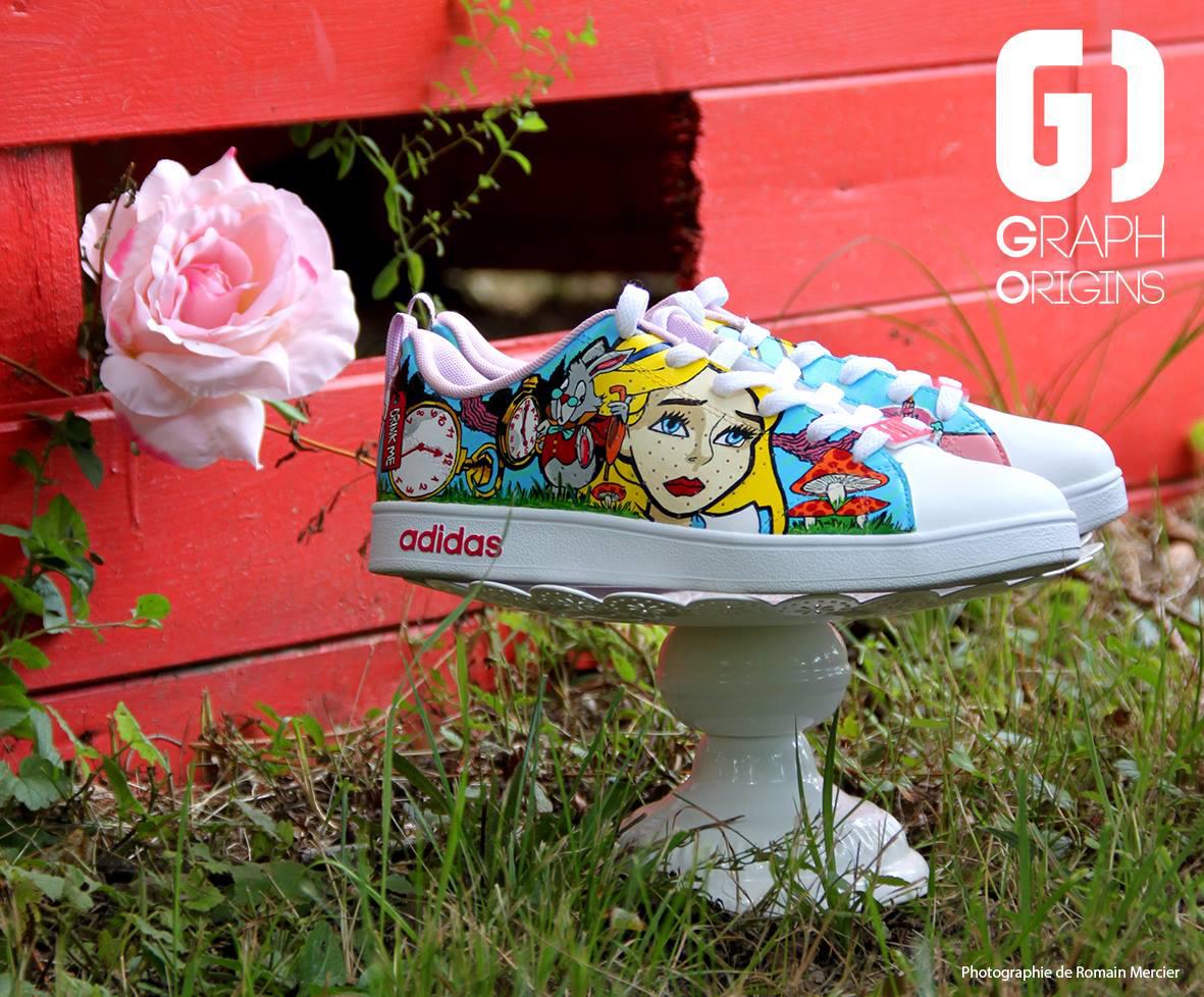 Custom chaussures adidas neo alice au pays des merveillse graph origins 3
