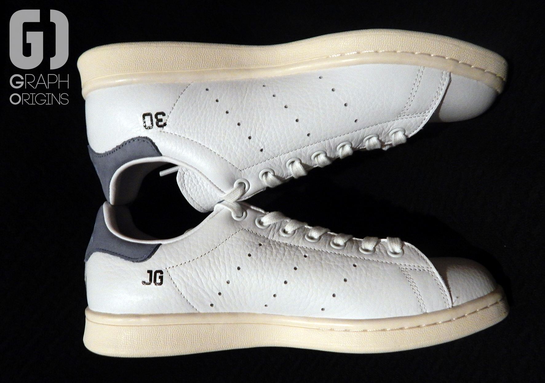 Custom baskets adidas Stan Smith Feliz Cumple graph origins 4