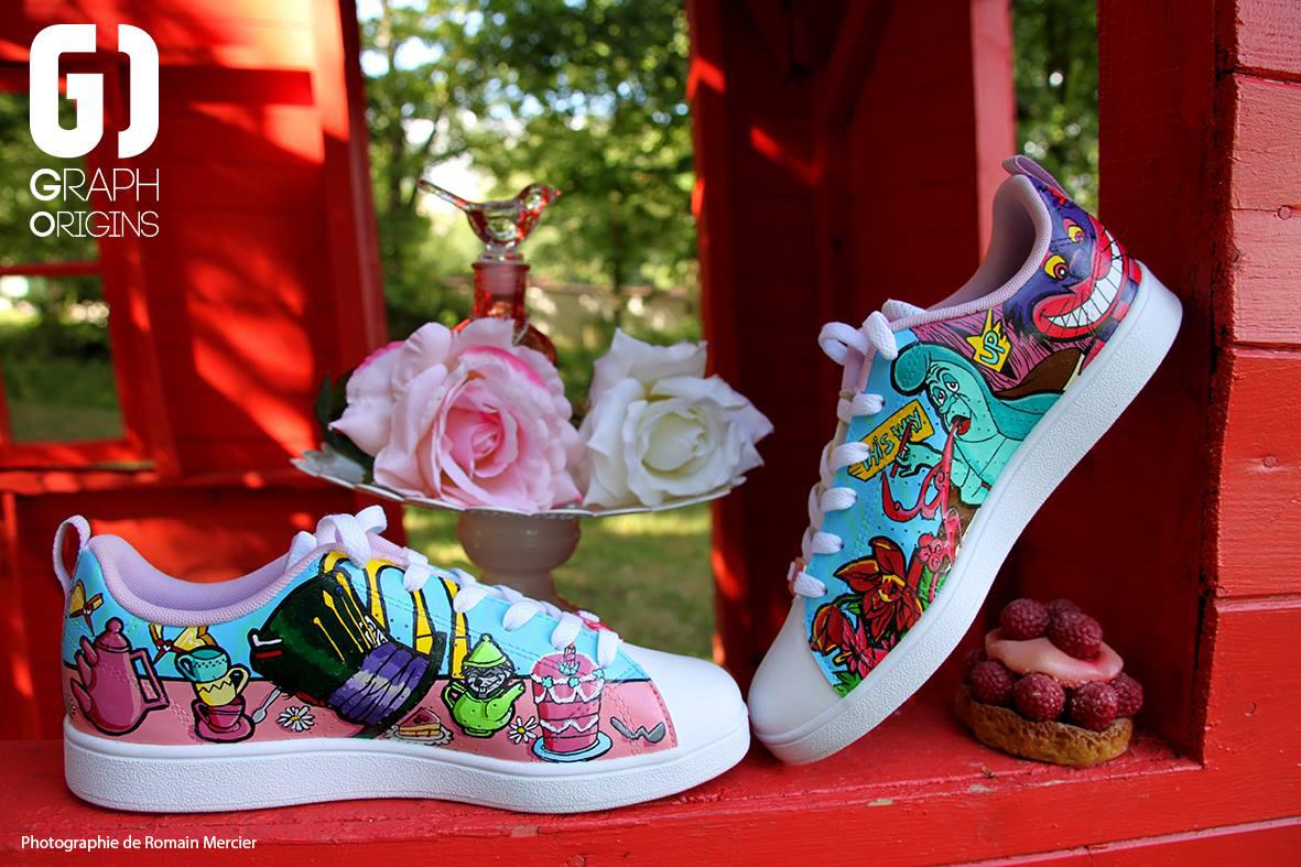 Custom chaussures adidas neo alice au pays des merveillse graph origins 2