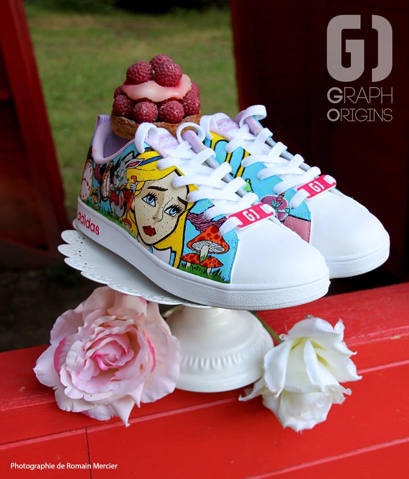 Custom chaussures adidas neo alice au pays des merveillse graph origins 4