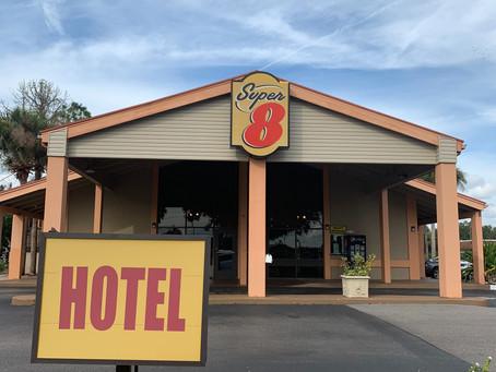 Hotel Barato em Orlando - Super 8