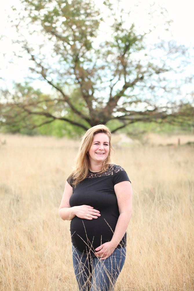 Zwangerschapsshoot in de sonse bossen, en newbornshoot!