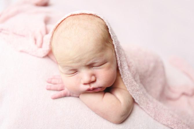 Newborn Leonie