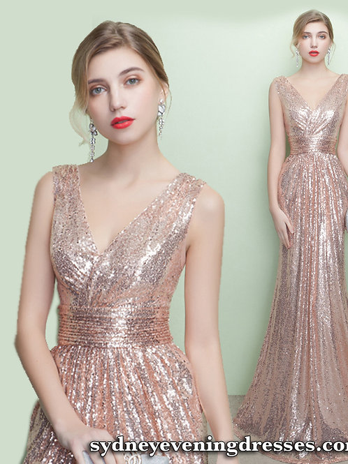 Star Hollywood Sequin Dress in Copper Gold