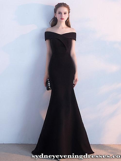 Mia Off The Shoulder Mermaid Dress in Black