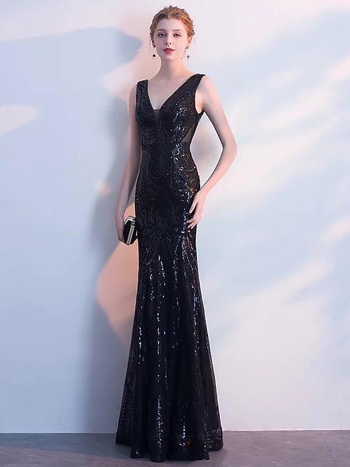 Valerie Sparkler Sequin V Neck Dress in Black