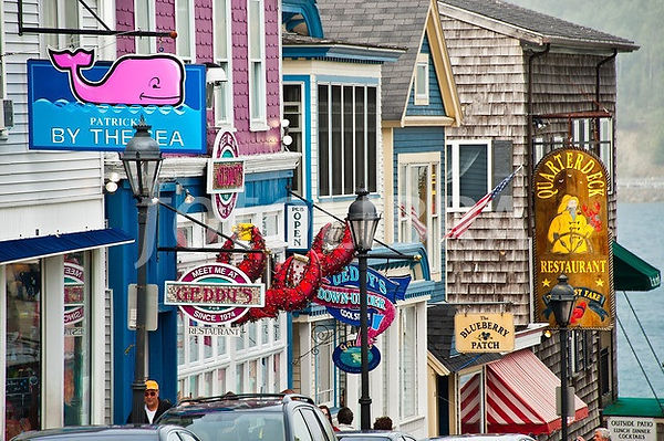 Shopping in Bar Harbor, Maine