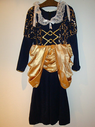 K..5) Altertumkleid Gr. 40