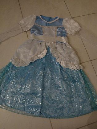 K..9) Prinzessinkleid
