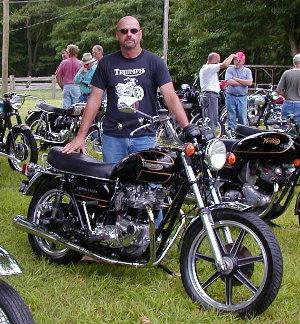 JohnLes2006.jpg