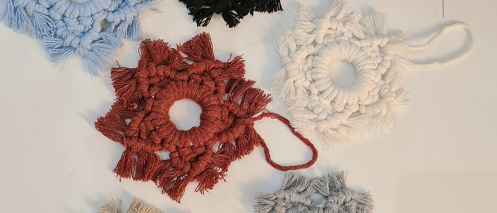 Multiple colours snowflakes ornaments for Christmas tree