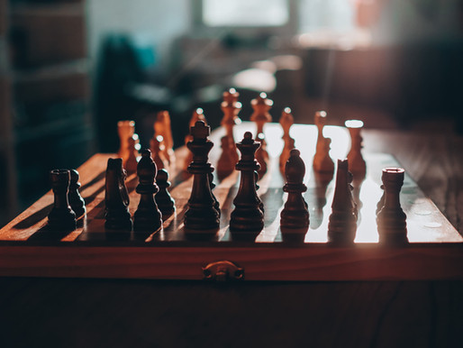 FROM PAWN TO SHESS QUEEN: Smart Basic Chess Moves for Women in Business