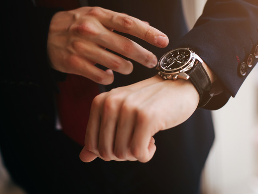How to Sell Your Watch for Top Dollar: 8 Need-to-Know Tips