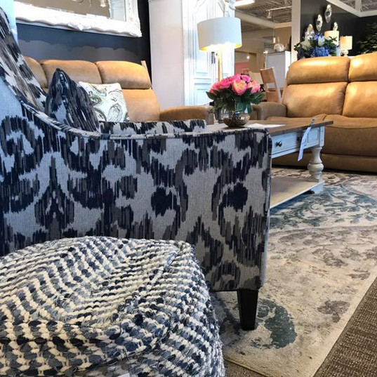 stylish living room furniture.jpg