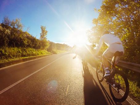 Práva a povinnosti cyklistů ve světě
