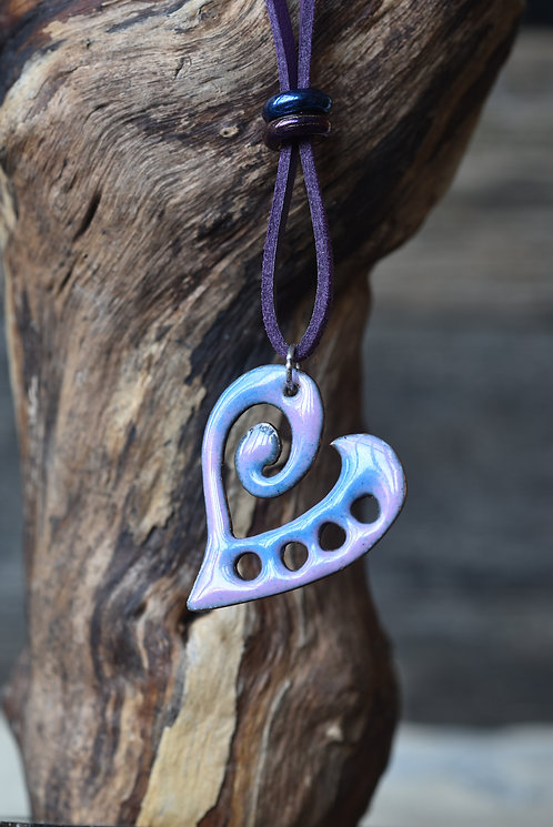 Curly heart pendant - lilac and blue