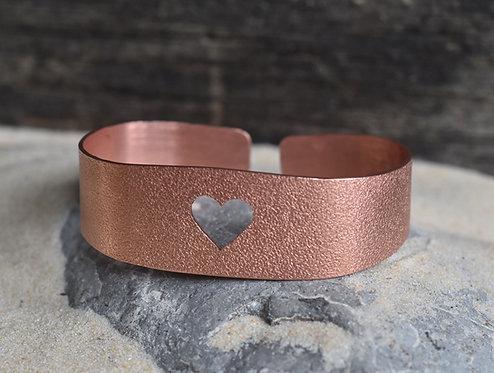 Wide heart copper bangle