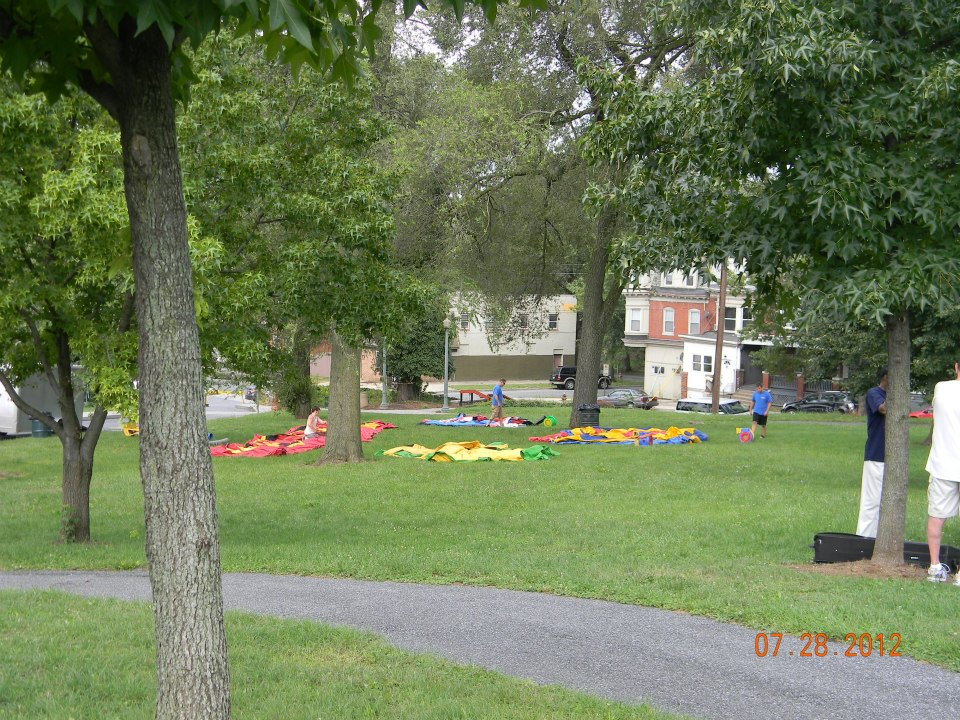 LeSean McCoy 2012 Community Day  2.jpg