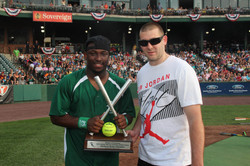 LeSean McCoy 2013 Charity Softball Game 25.jpg