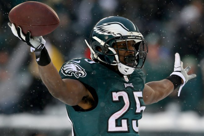 hi-res-454320169-lesean-mccoy-of-the-philadelphia-eagles-celebrates-his_crop_exa