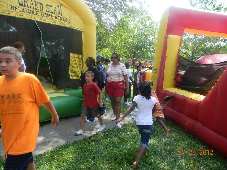 LeSean McCoy 2012 Community Day  11.jpg