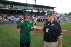 LeSean McCoy 2013 Charity Softball Game 26.jpg