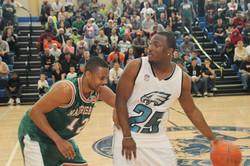 LeSean McCoy 2014 Charity Basketball Game 8.JPG