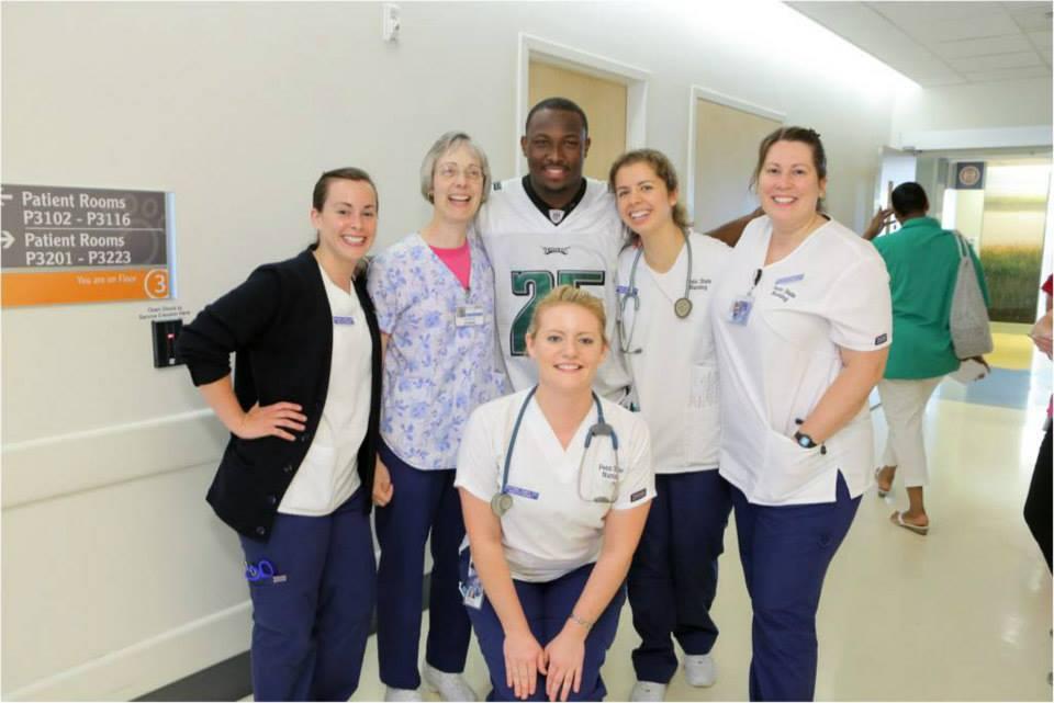 LeSean McCoy 2013 PS Hershey Hospital Visit  13.jpg
