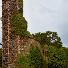 Northburgh Castle3.jpg